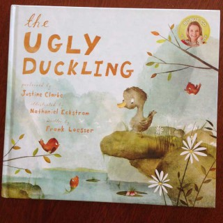The Ugly Duckling – Justine Clarke/Nathaniel Eckstrom/Frank Loesser (book review)